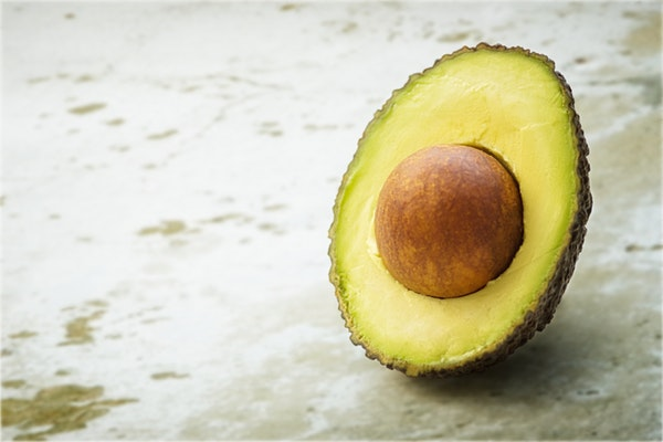 Alimentos que pode consumir antes de ir dormir- Abacate