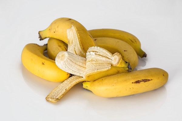 Alimentos que pode consumir antes de ir dormir- Banana