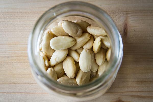 10 alimentos anti-cancro que deve ter em casa- Frutos secos