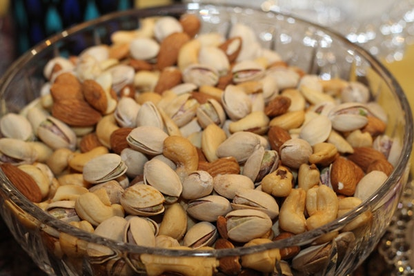 Alimentos que pode consumir antes de ir dormir- Frutos secos