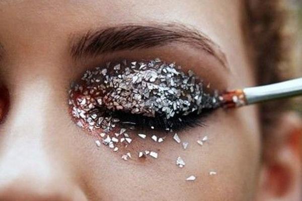 Tendências de maquilhagem 2018- Glitter