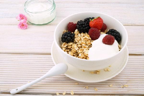 Alimentos que pode consumir antes de ir dormir- Iogurte magro