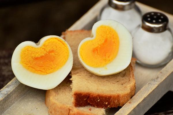 Alimentos que pode consumir antes de ir dormir- Ovo cozido