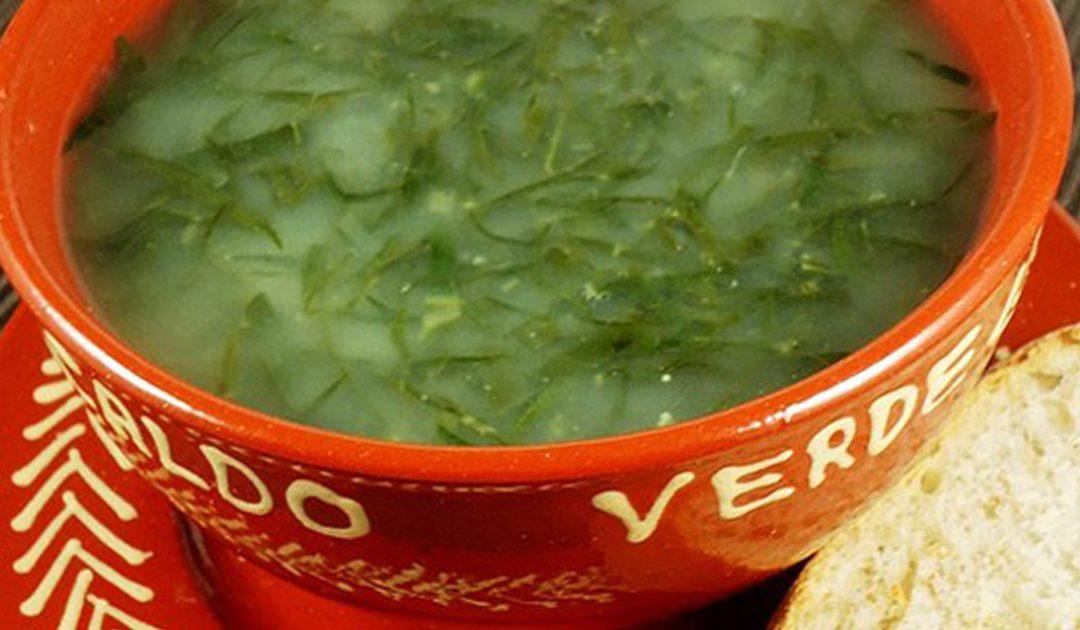 Receita tradicional de caldo verde