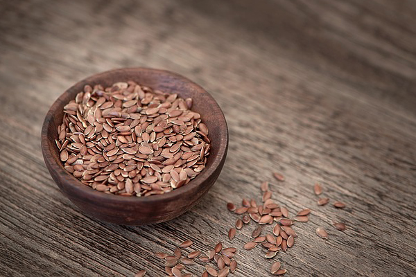 10 alimentos anti-cancro que deve ter em casa- Sementes de linhaça