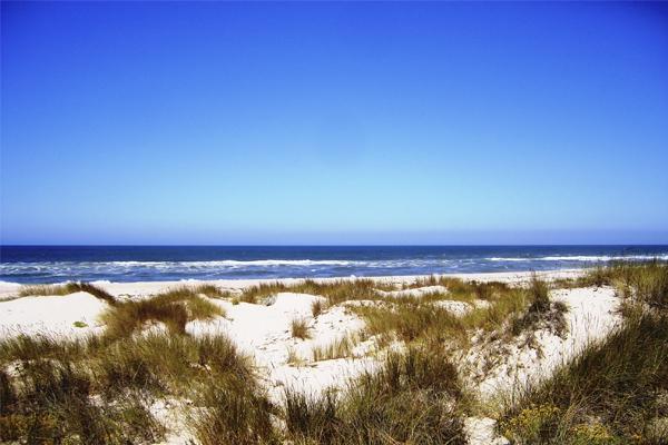 10 praias fantásticas para visitar em Portugal- Praia de São Jacinto (Aveiro)