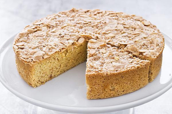 Bolo de amêndoas, um bolo simples, delicioso e rápido de fazer- Bolo de amêndoas