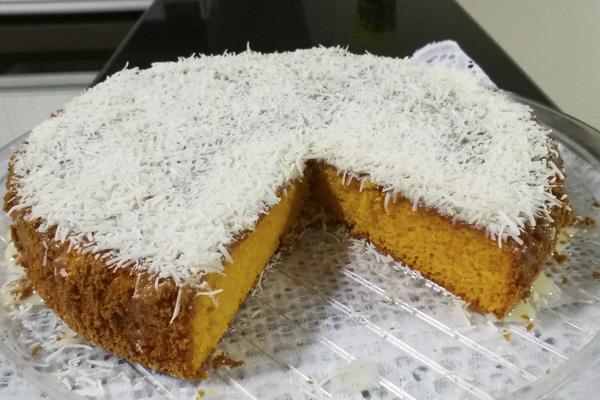 Receita de bolo de cenoura com coco, um bolo irresistível- Bolo de cenoura com coco