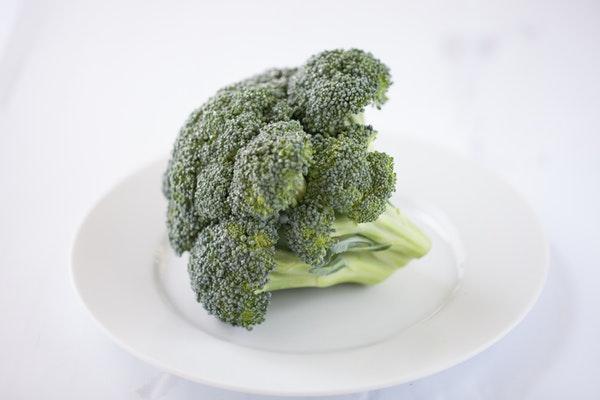 10 alimentos que ajudam a emagrecer- Brócolos