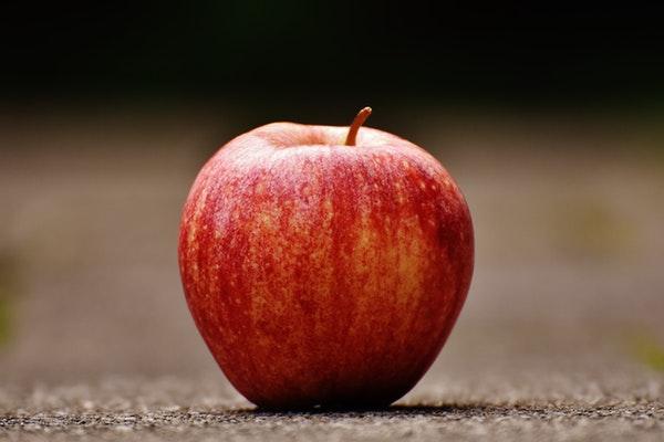 10 alimentos que ajudam a emagrecer- Maçã