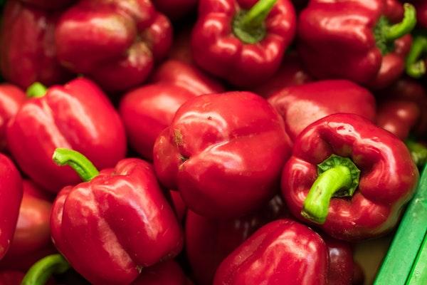 Alimentos que ajudam a retardar o envelhecimento- Pimentos vermelhos