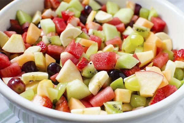 Deliciosa salada de frutas, uma opção saudável e pouco calórica - Salada de frutas