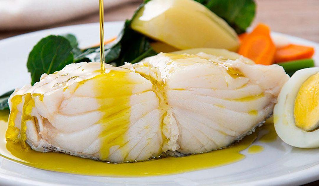 Batatas com couve, ovos e bacalhau – o prato mais tradicional