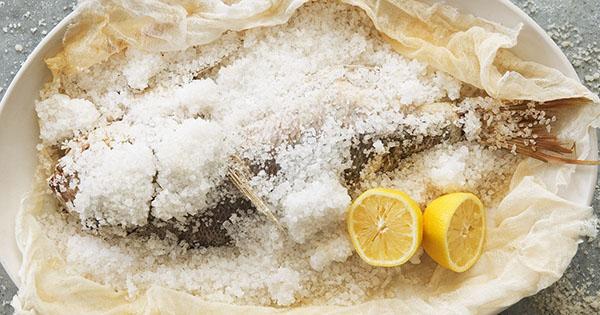 Peixe ao sal - Aprenda a fazer este prato simples e delicioso- Bom apetite!
