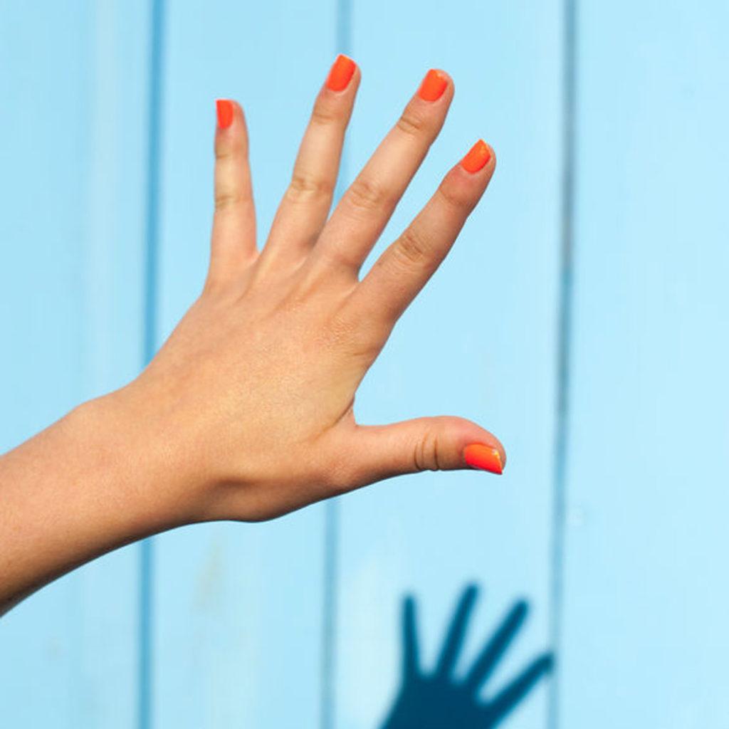 Unhas – conheça as tendência para a primavera de 2019 - laranja