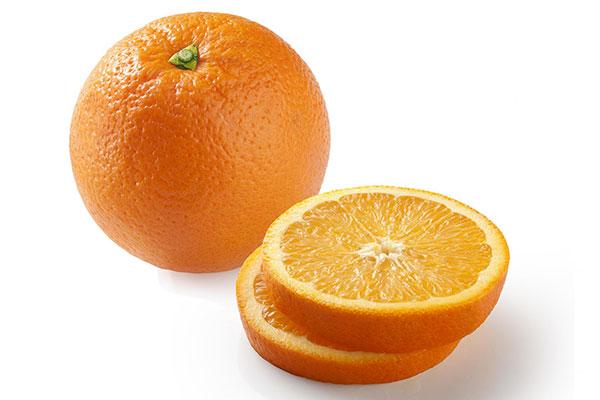 Receita de bolo delicioso de cacau e laranja na caneca - Laranja