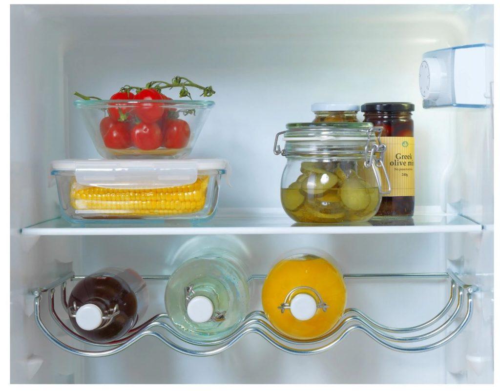 Como eliminar maus cheiros no frigorífico.